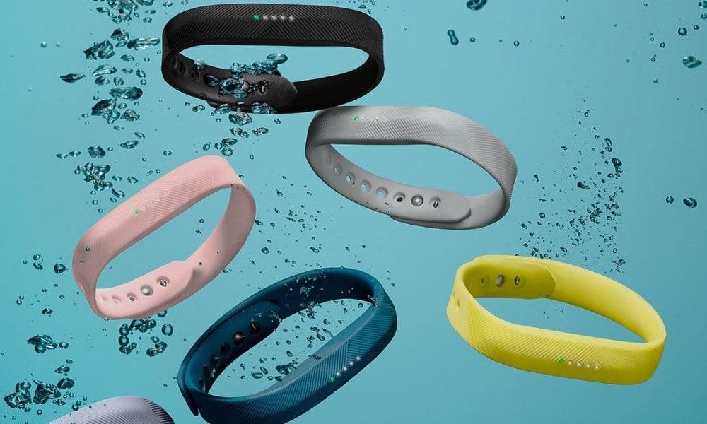 Фитнес-трекер Fitbit Flex.
