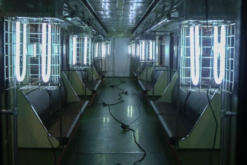 Кварцевание вагонов метро.