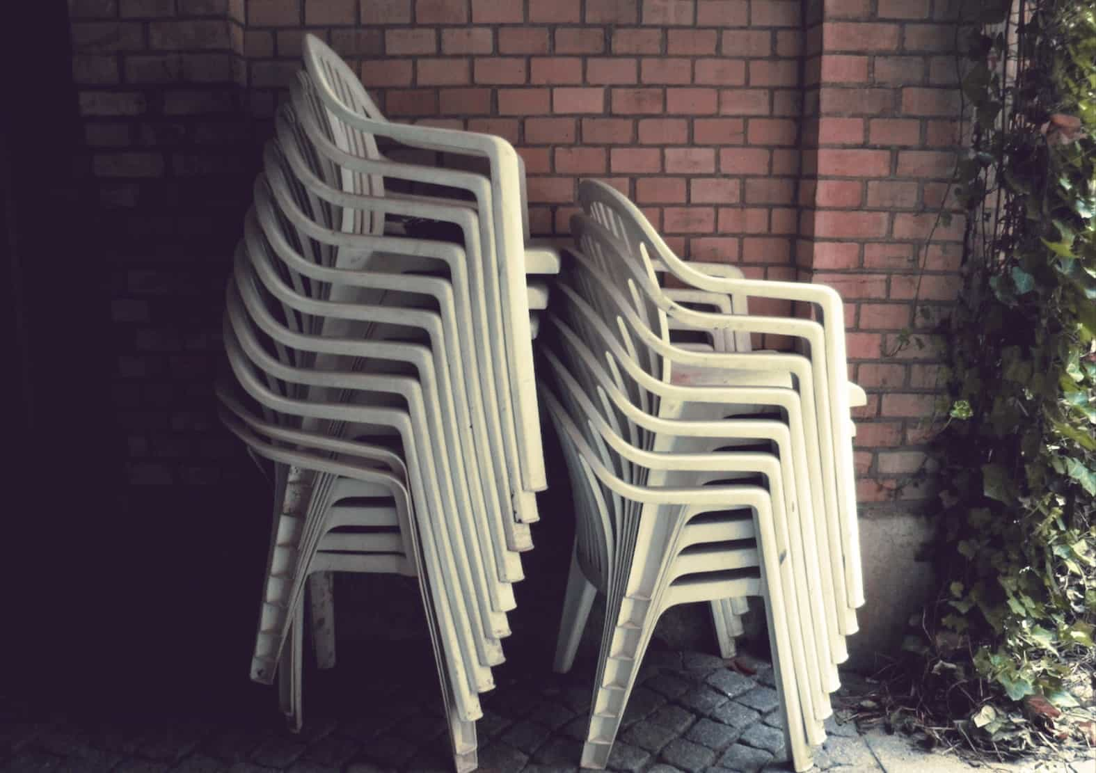 Как складываются стулья.