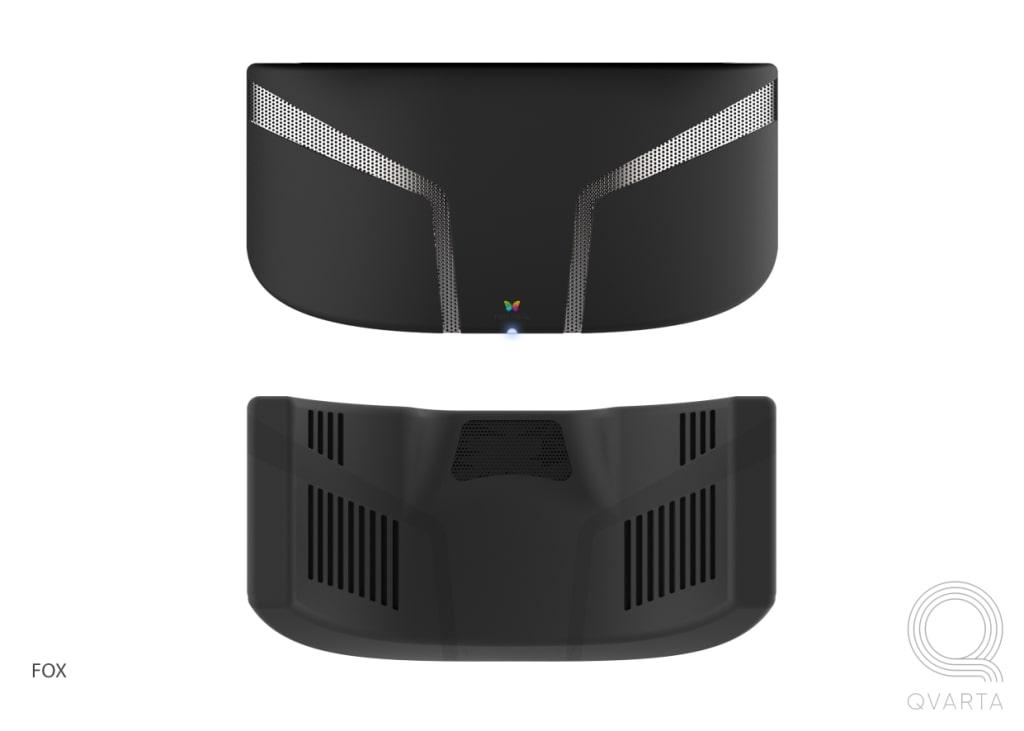 VR маска с черным лого Qvarta.